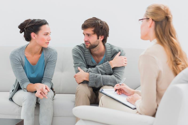 Ми впораємося самі: міфи про сімейну психотерапію
