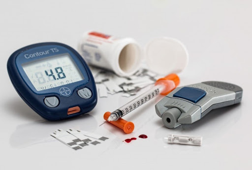 14 симптомів низького рівня цукру в крові