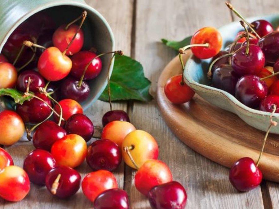 Джерело вітамінів: користь та шкода черешні для здоров'я людини