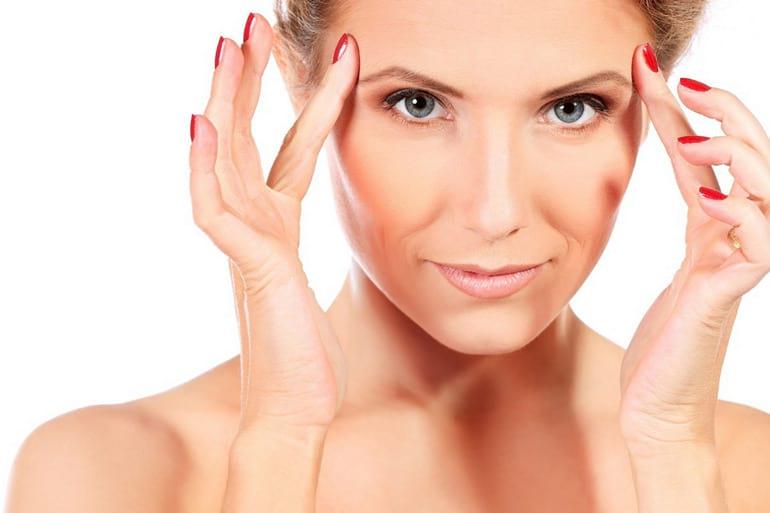 5 ознак того, що тобі варто подумати про підтяжку обличчя