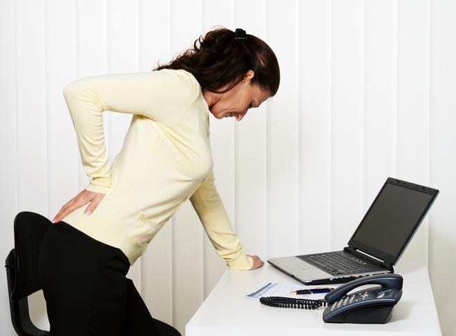 Психосоматика болю в попереку: емоції і страхи, від яких страждає спина