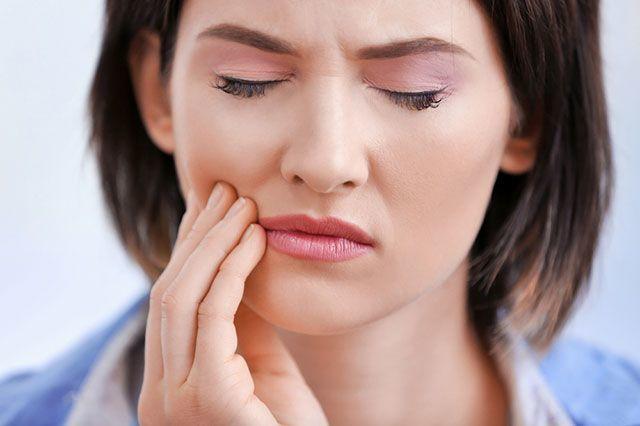 5 причин болю в обличчі (від нешкідливих до небезпечних)